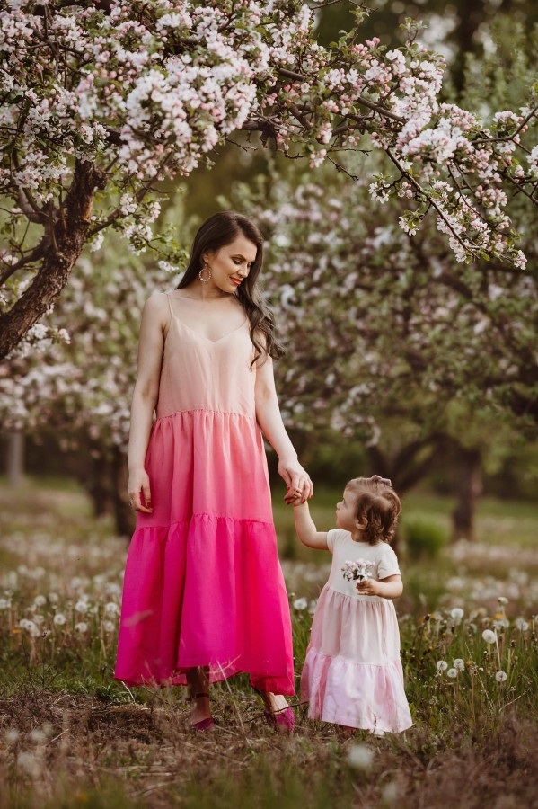 PASTELINĖ suknelė - trumpos rankovės