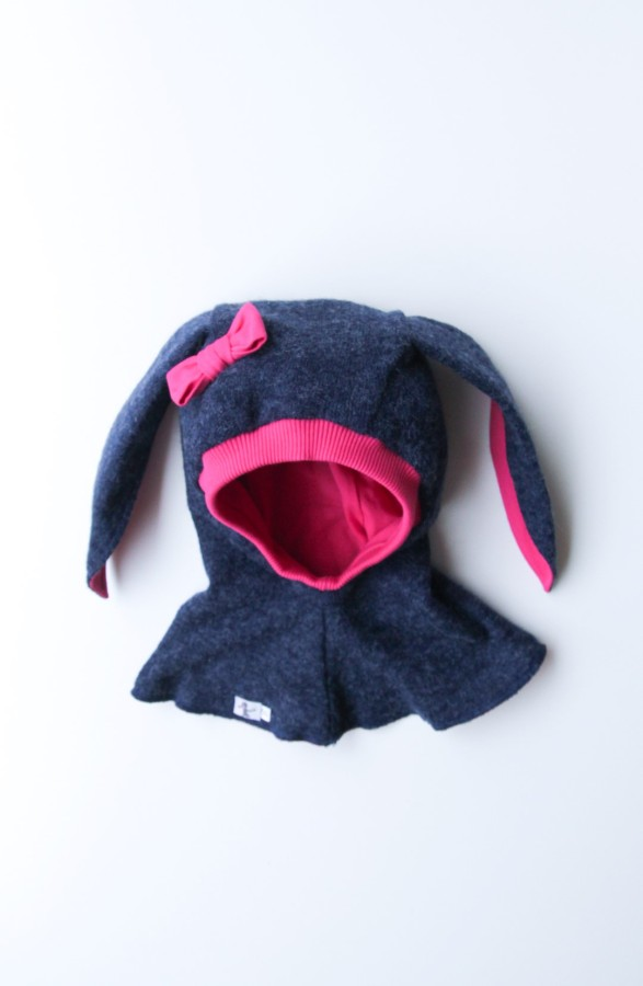 VILNONIS ŠALMAS Fuchsia - Blue Bunny